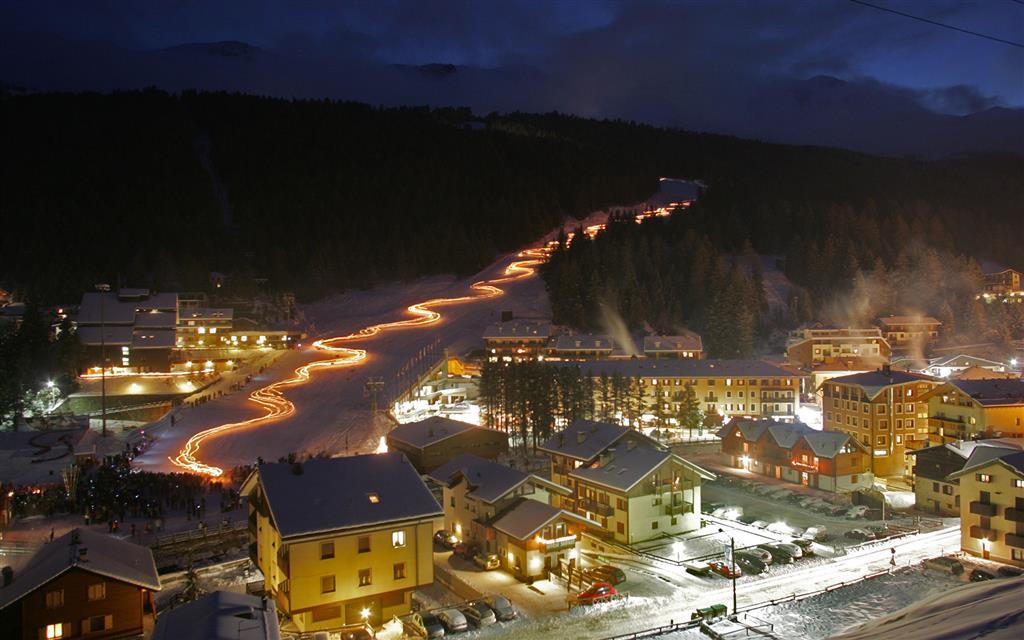 Noční lyžování Santa Caterina 2.2., 16.2., 2.3. a 9.3.