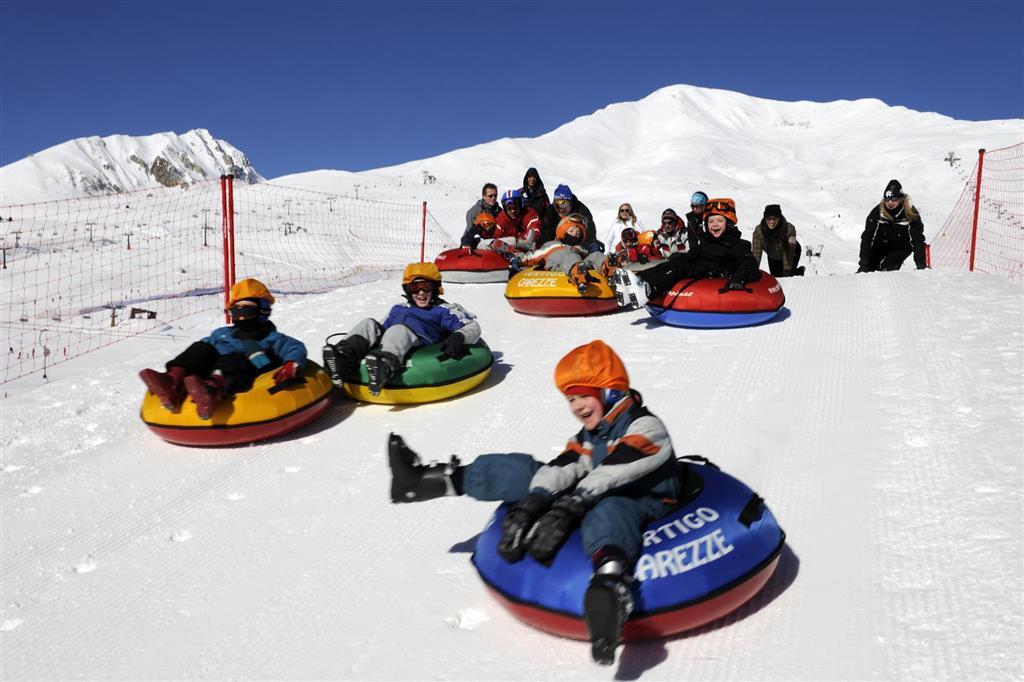 Děti potěší sněhové hřiště Fantaski