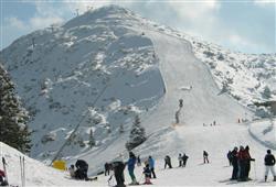 Zkušení lyžaři by si neměli nechat ujít 5 km dlouhou sjezdovku Olimpionica