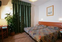 Hotely Paganella - různé *** hotely - 5denní lyžařský balíček se skipasem a dopravou v ceně***6
