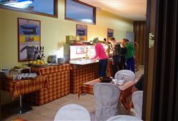 Sport hotel Forte - 5denní lyžařský balíček - zalyžujte si ve 2 zemích***21