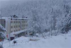 Sport hotel Forte - 5denní lyžařský balíček - zalyžujte si ve 2 zemích***3