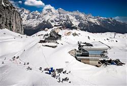 Sport hotel Forte - 5denní lyžařský balíček - zalyžujte si ve 2 zemích***0