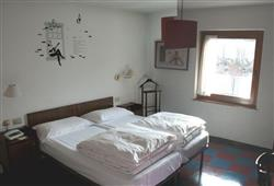 Hotel Daniela**13