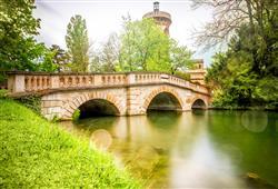Kouzelný zámek Laxenburg, čokoládovna a plavba po podzemním jezeře2