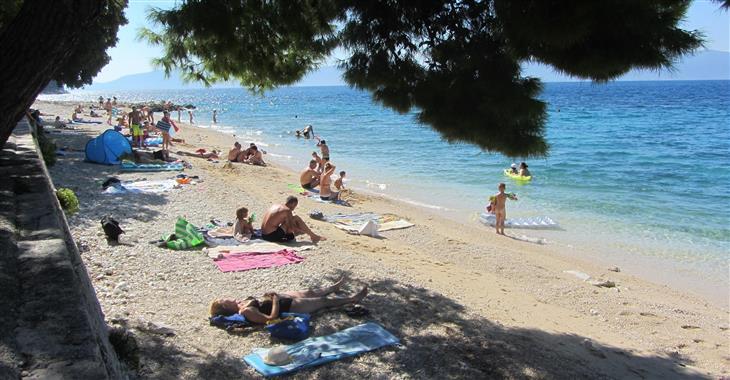 Pláže s pozvolným vstupem do moře jsou vhodné pro děti a neplavce.