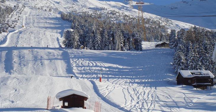 Bormio 1225 m - spodní stanice lanovky u Golomiti Park - lyžařská škola