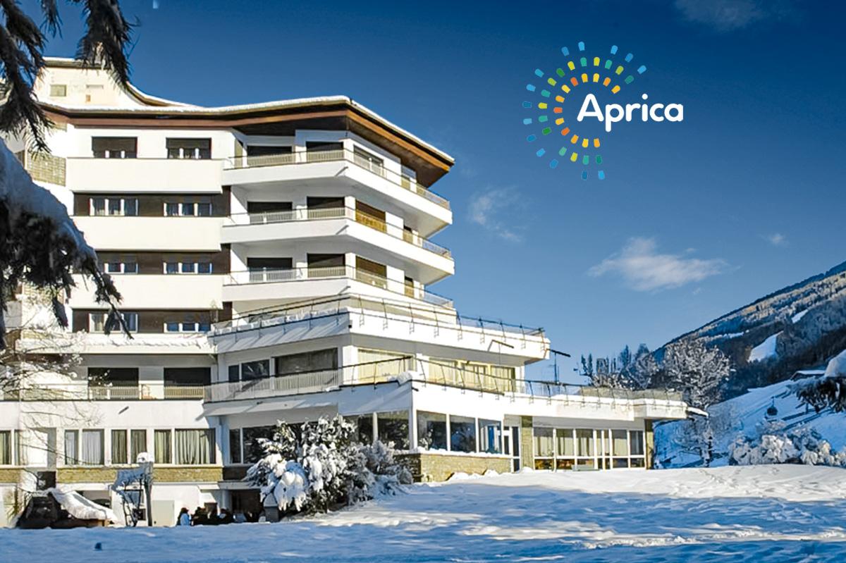Hotel Bozzi – 6denní lyžařský balíček se skipasem a dopravou v ceně***