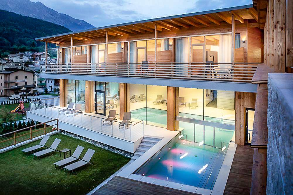 Hotel Corona Dolomites****