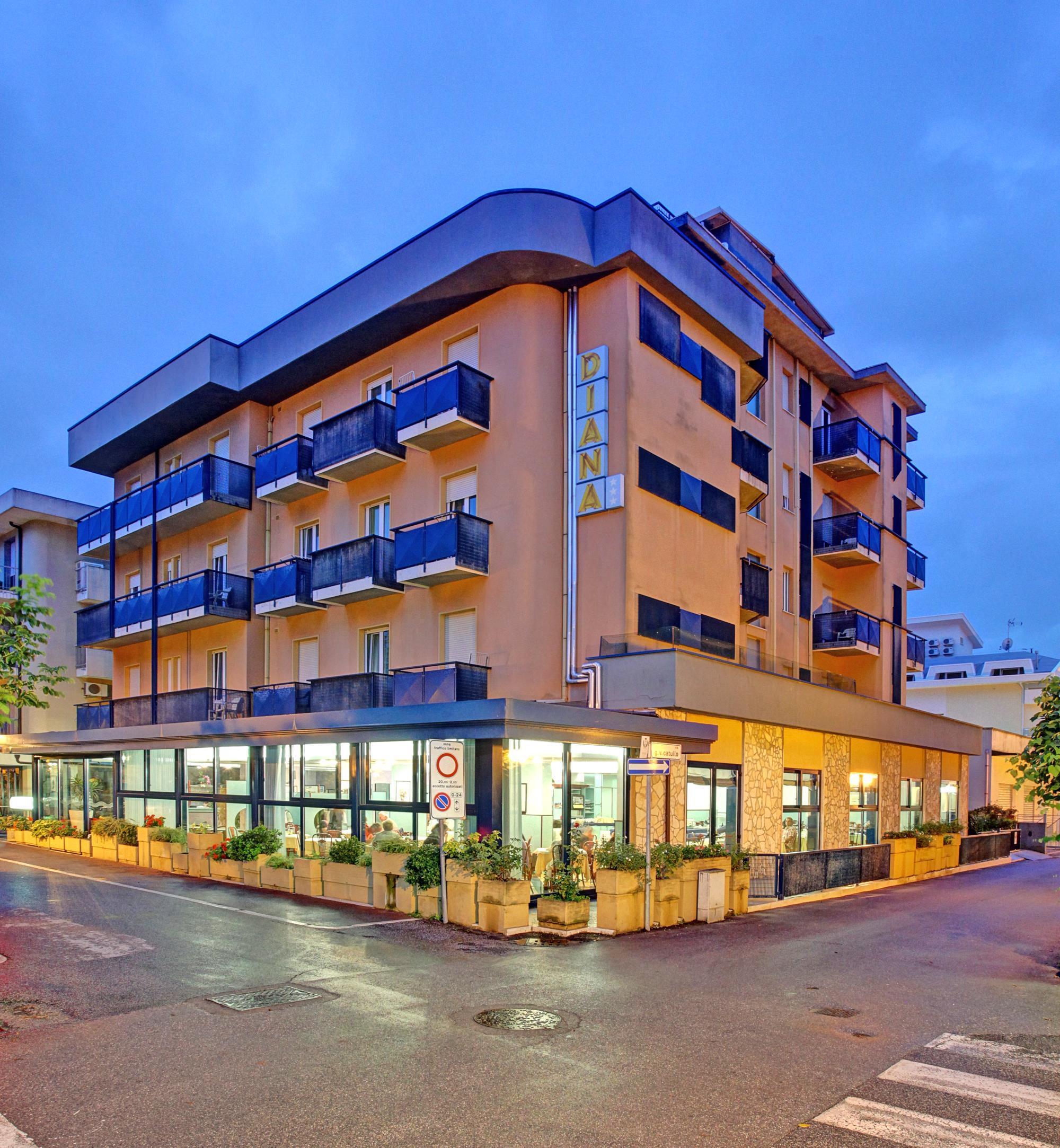 Hotel Diana***