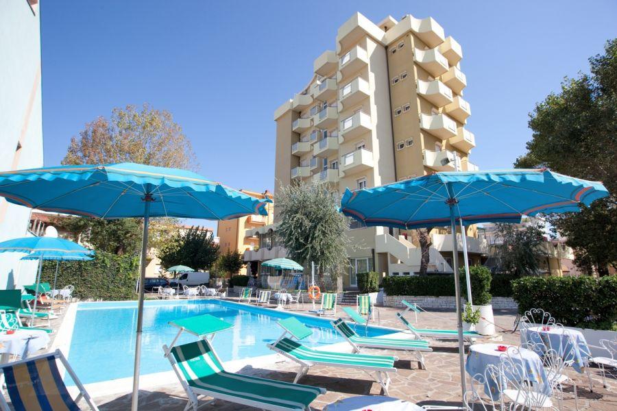 Hotel Oceanic***
