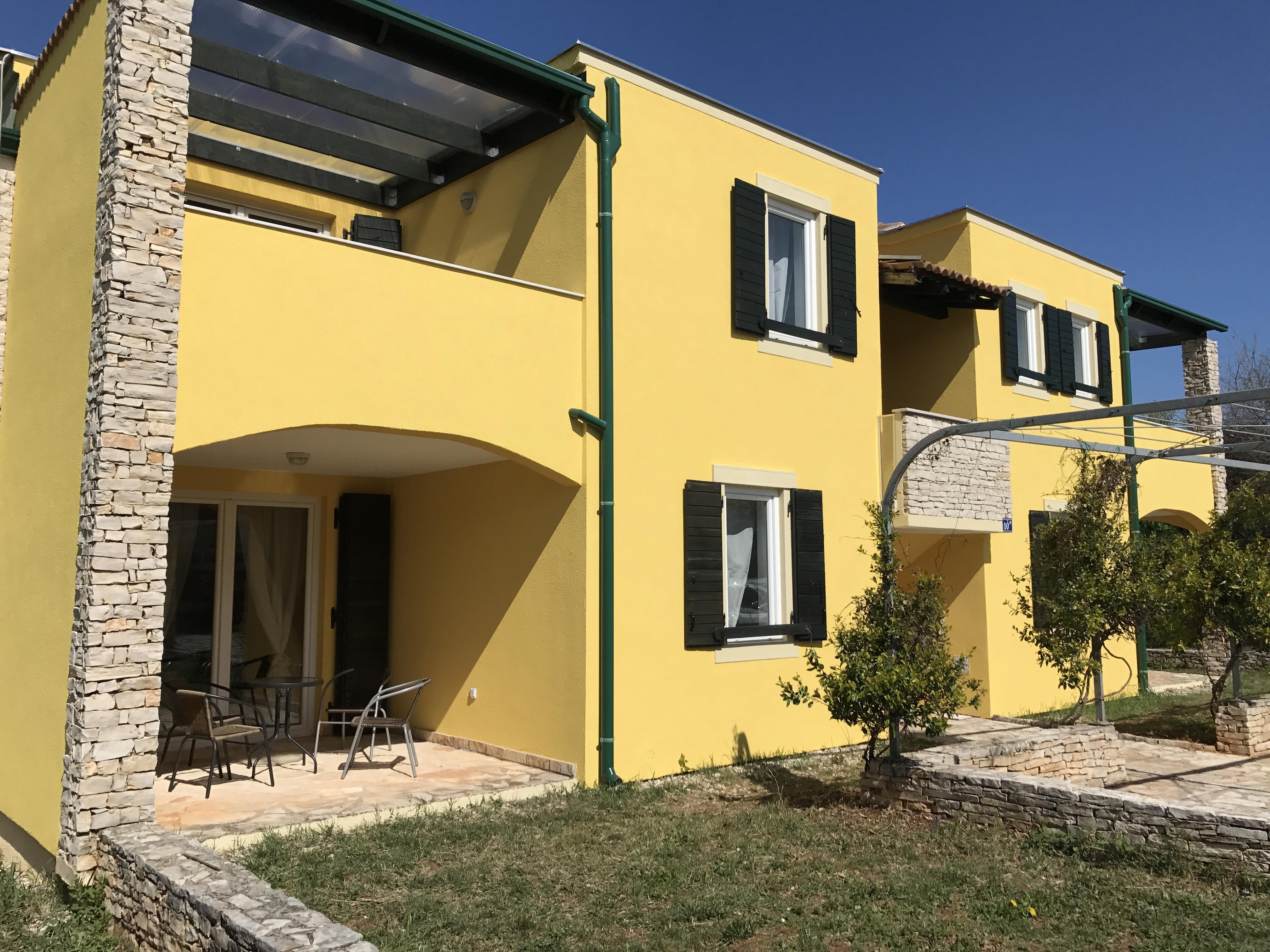 Villa Faro***