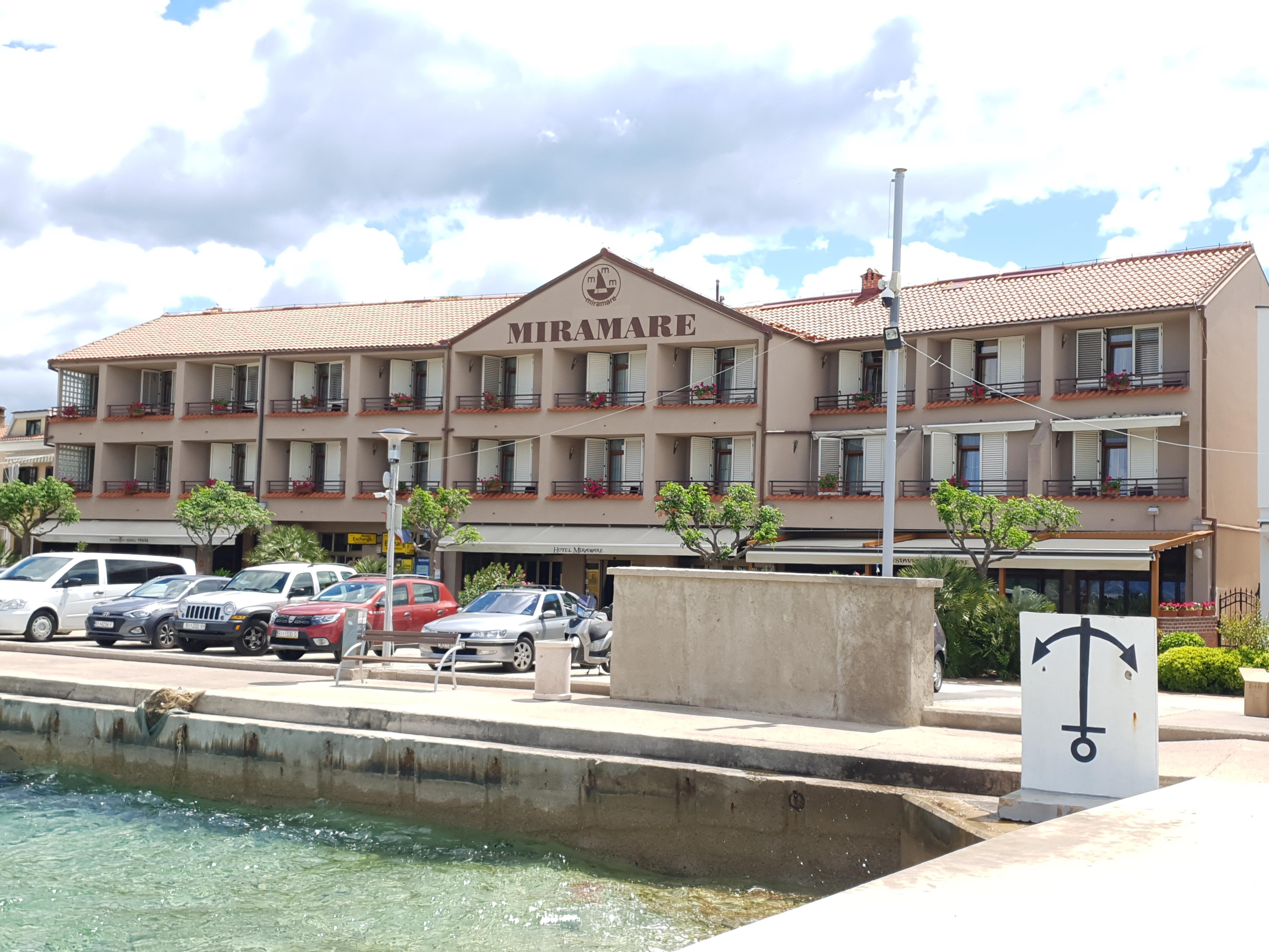 Hotel Miramare – Njivnice****