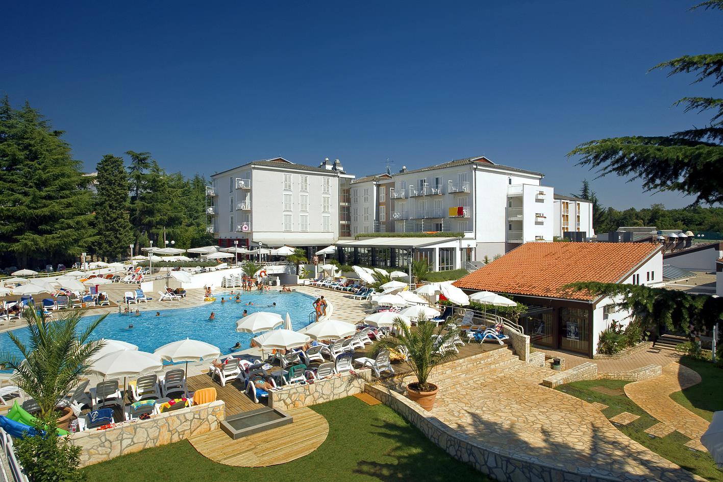 Hotel Valamar Pinia***