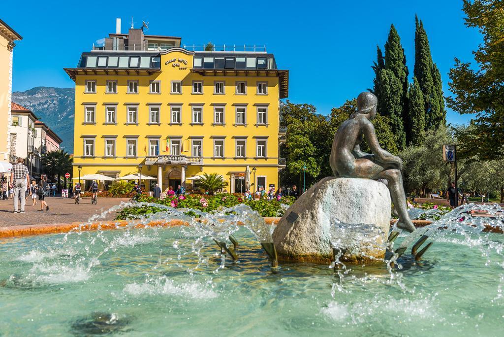 Grand Hotel Riva s polopenzí****