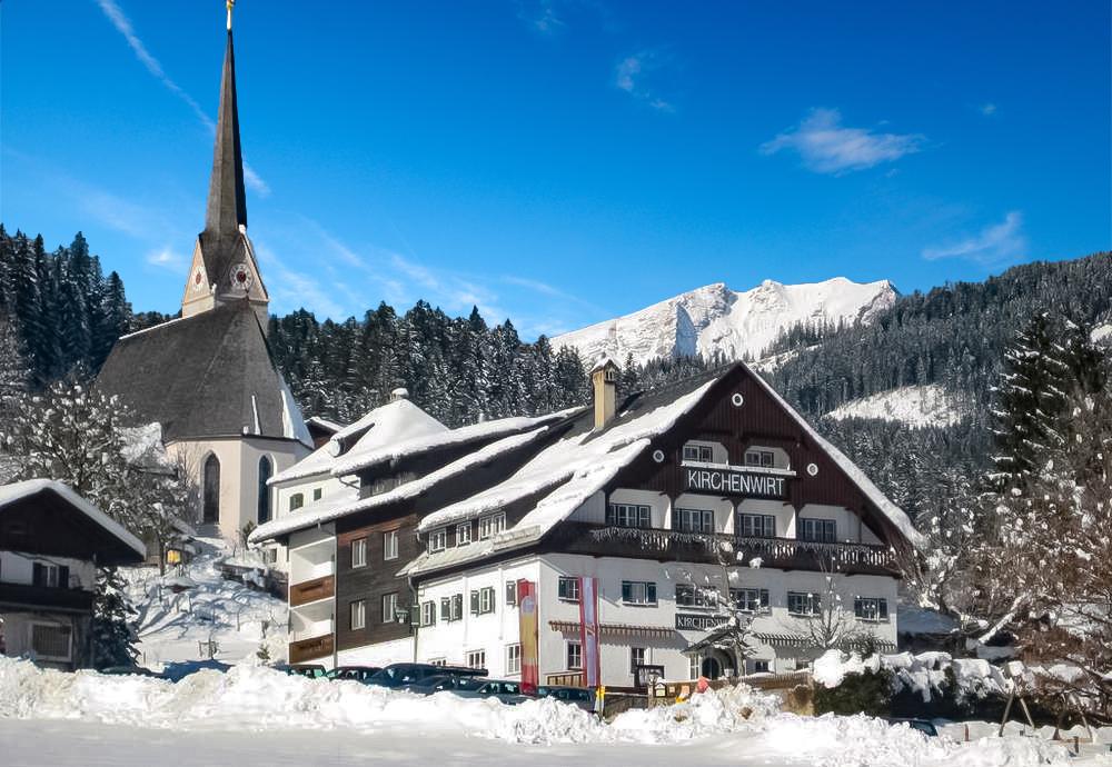 Gasthof Kirchenwirt - 8denní zimní pobyt se skipasem v ceně