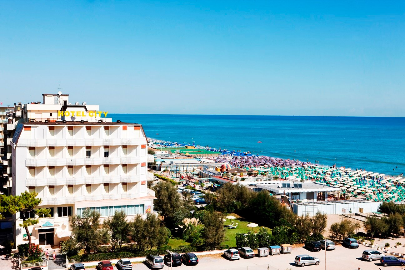 Hotel City***