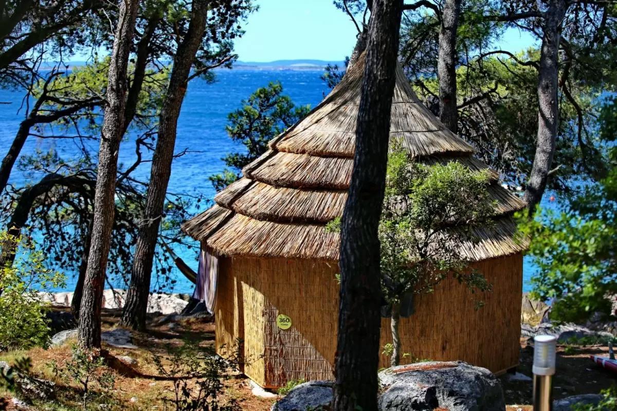 Resort Pine Beach Pakoštane***