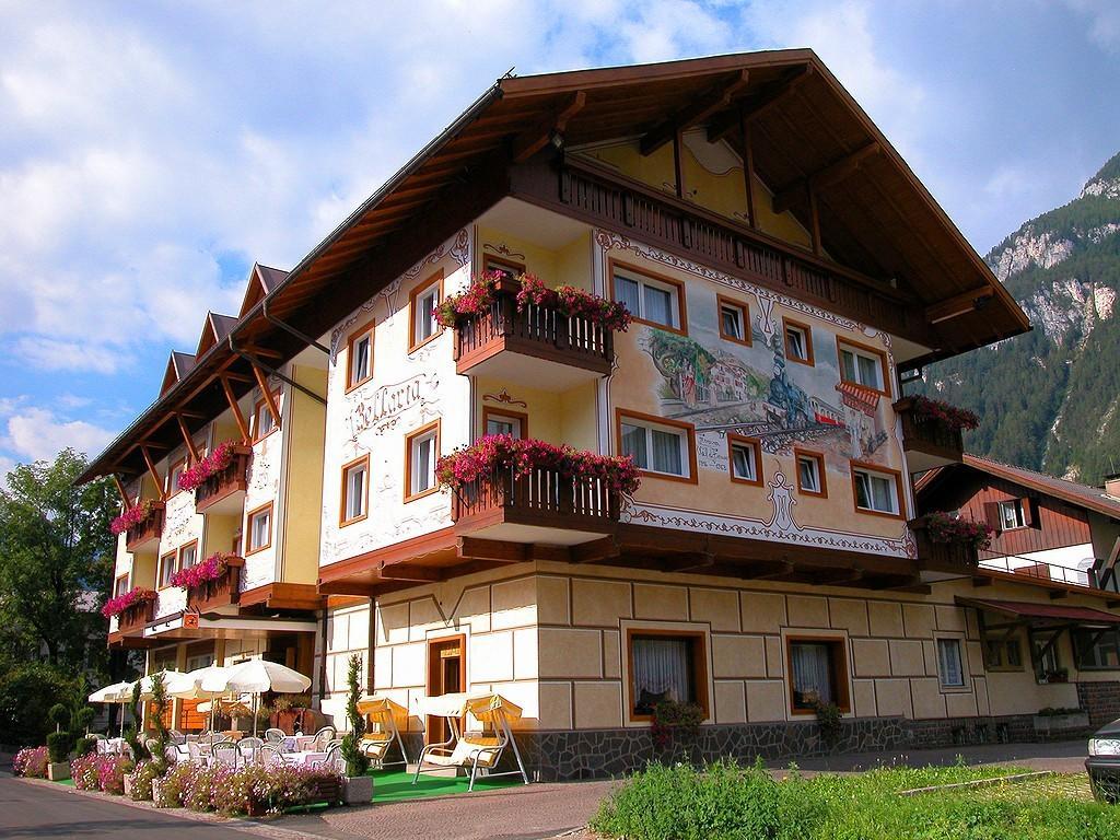 Hotel Bellaria - Predazzo***