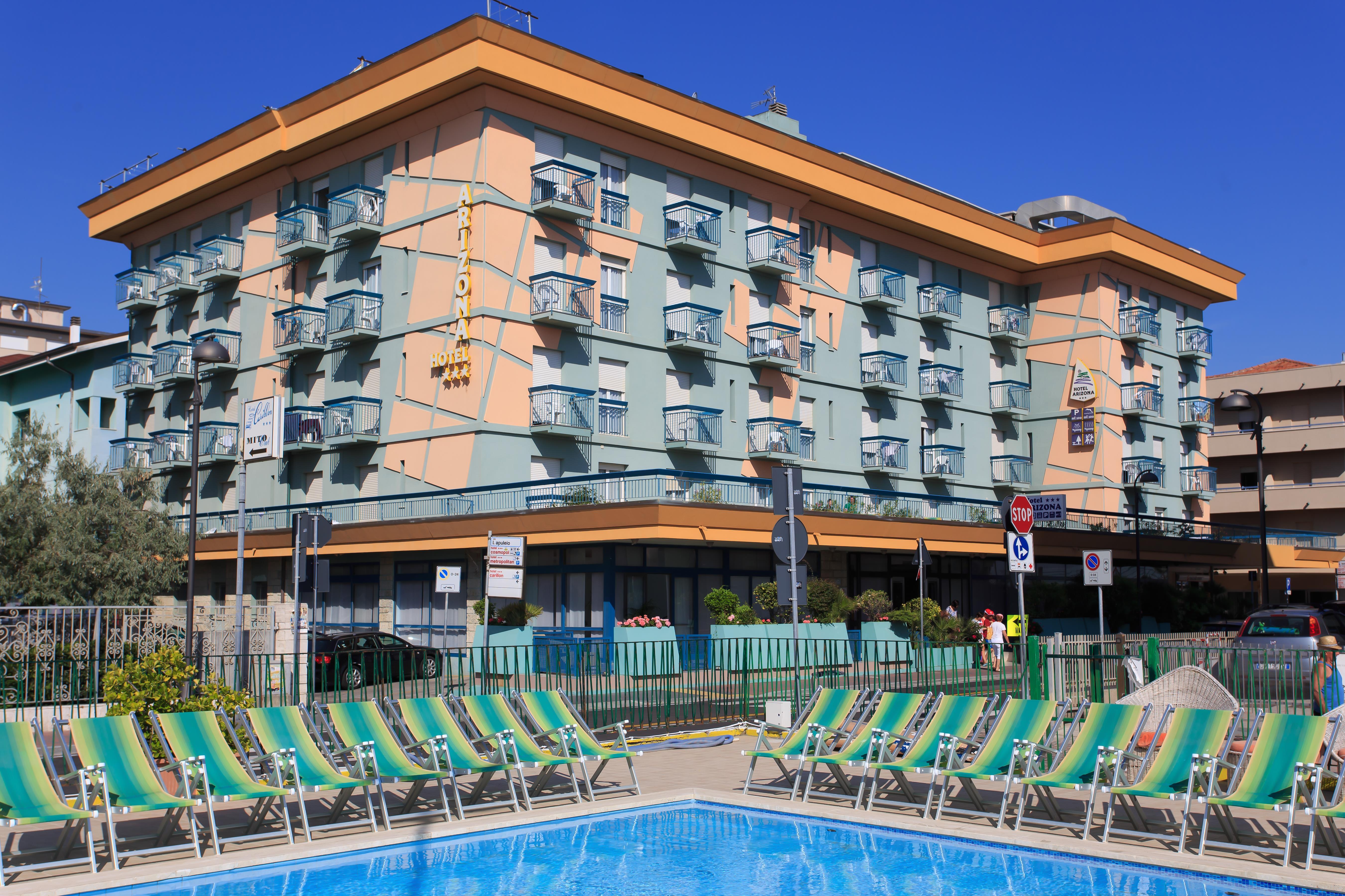 Hotel Arizona***