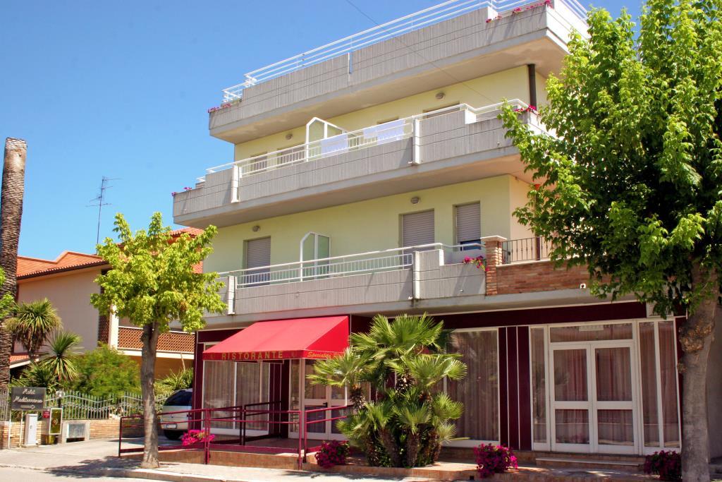 Hotel Mediterraneo (Martinsicuro)***