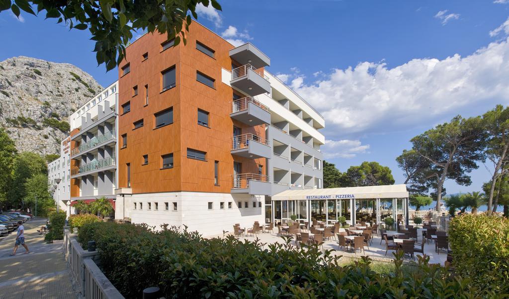 Hotel Plaža - Omiš****