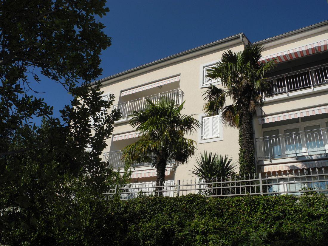 Villa Sara***