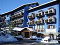 1. Hotel Baita Clementi****