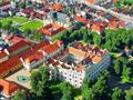 2. Zámek UNESCO, procházka skalními útvary a české Versailles