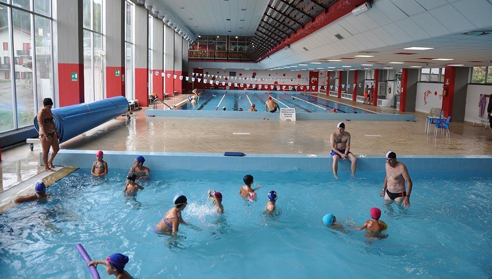 Ve volném čase si můžete zajít do bazénu Tessera Valltelina nebo si zapůjčit brusle na místním kluzišti.