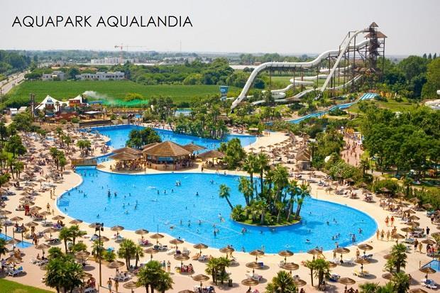 aquapark Aqualandia 7,7 km od hotelu Santiago