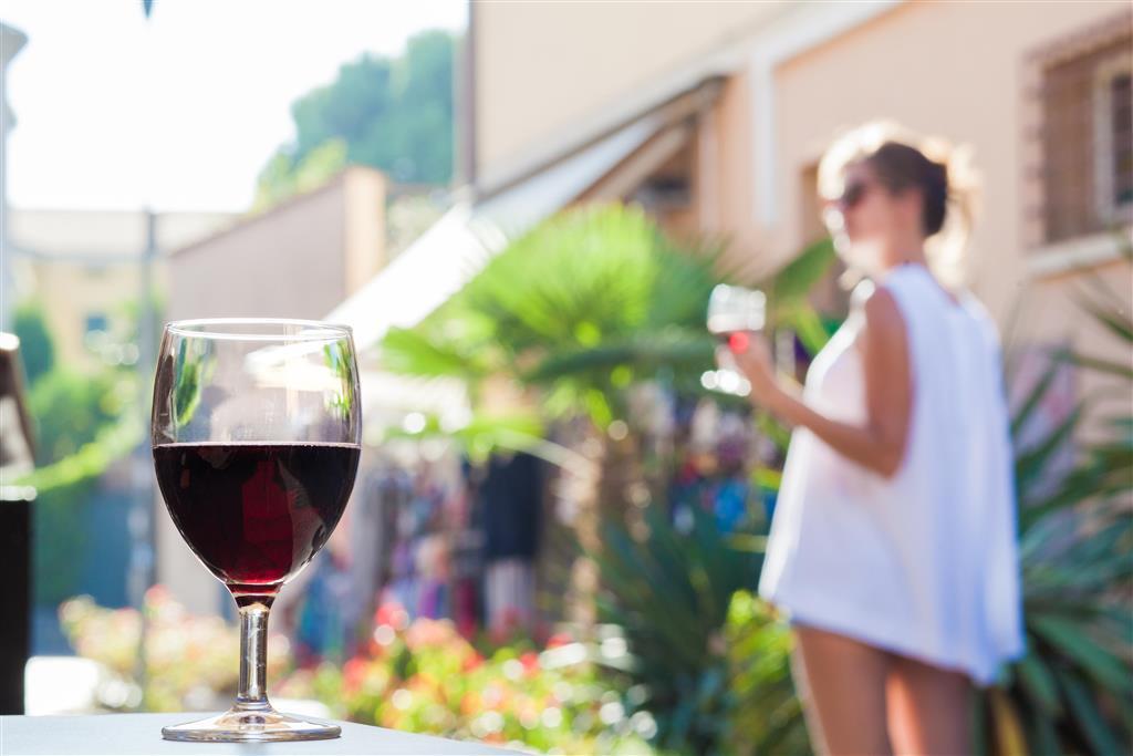 Ochutnáme i nejznámější místní víno, červené Bardolino
