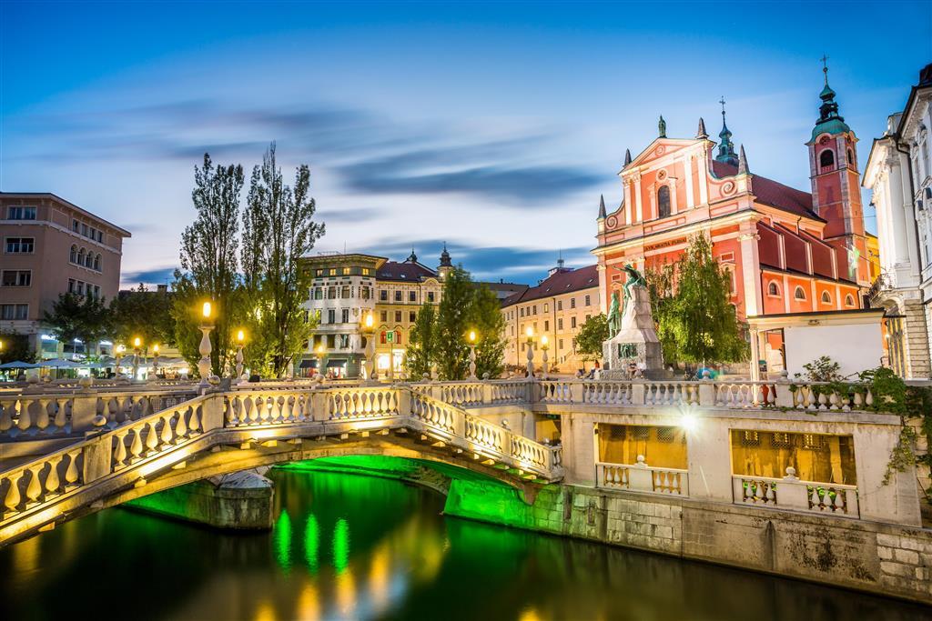 Lublaň má pouze 300 000 obyvatel, což z ní dělá jedno z nejmenších hlavních měst Evropy