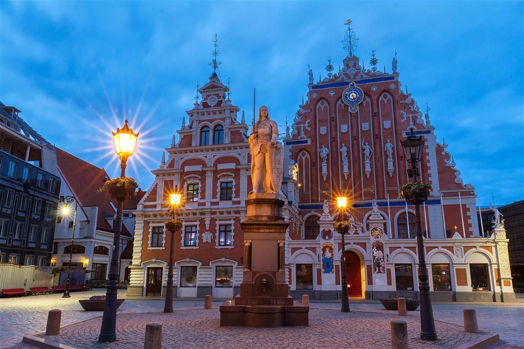 Hlavní město Lotyšska - Riga je nejlidnatějším městem v Pobaltí, má své moře i spoustu historických budov