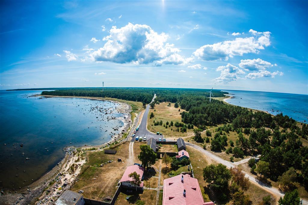 V případě Estonska se bezesporu jedná o geograficky nejsevernější a ekonomicky nejzápadnější pobaltskou republiku