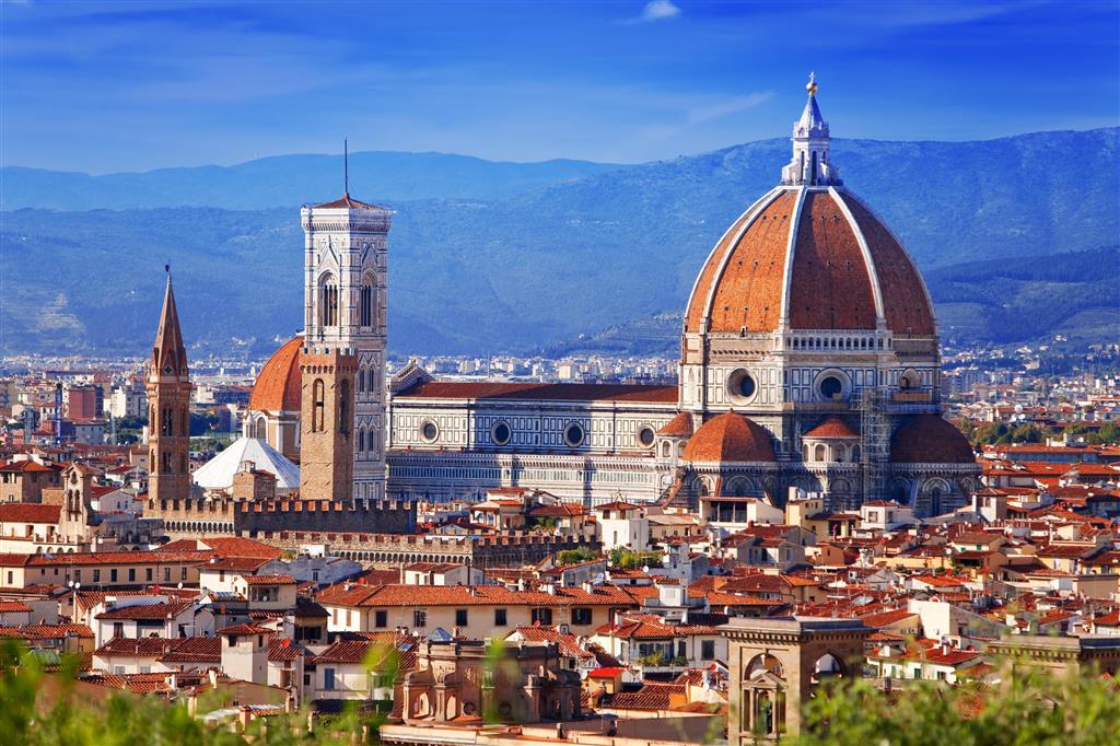 """Florencie je hlavní město Toskánska. Často bývá označovaná jako """"kolébka renesance"""" a """"hlavní město umění"""""""