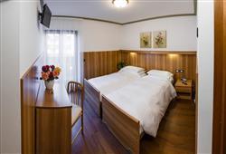 Hotel Villa Lucin***6