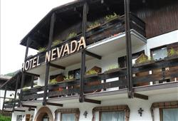 Hotel Nevada - Campitello di Fassa**0