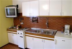 Apartmánový dům Stošica***11