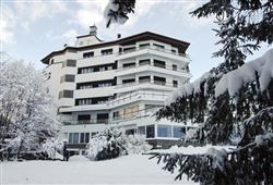 Park Hotel Bozzi - 6denný lyžiarsky balíček so skipasom na 4 dni a dopravou v cene***2