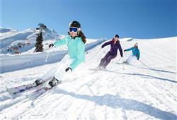 Hotel Piancastello - 5denní lyžařský balíček se skipasem a dopravou v ceně***35