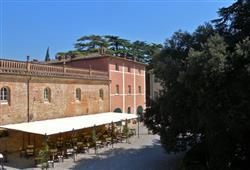 Hotel Borgo Colleoli Resort***30