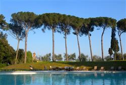 Hotel Borgo Colleoli Resort***7