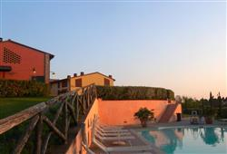 Hotel Borgo Colleoli Resort***5
