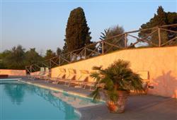 Hotel Borgo Colleoli Resort***6