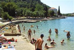 Hotel Adriatic - Omišalj**16