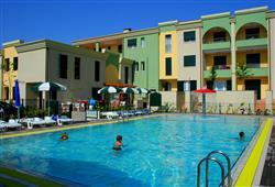 Villaggio Le Farnie****1