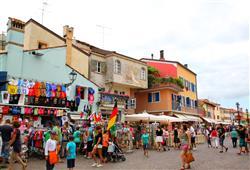 Villaggio Le Farnie****14