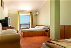 Hotel Zagreb - Karlobag***4