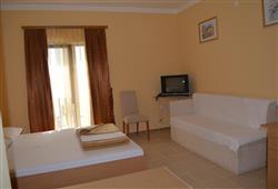 Hotel Zagreb - Karlobag***8